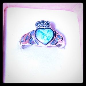 Sterling heart 1 TCW Natural Turquoise! Sz 7!